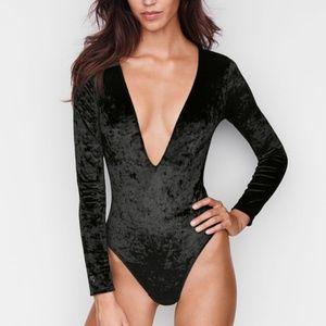 M/L Victoria Secret Crushed Velvet Teddy Bodysuit